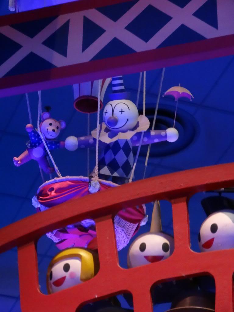 Une journée à Disneyland pour découvrir la période d' Halloween ! - Page 4 DSC02971_zpsb5ea8b23