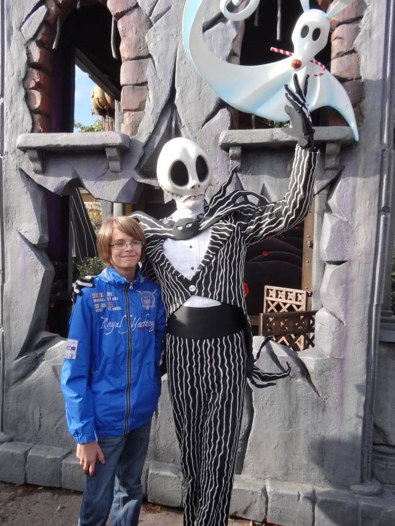Une journée à Disneyland pour découvrir la période d' Halloween ! - Page 5 DSC03061_zps8ab64880