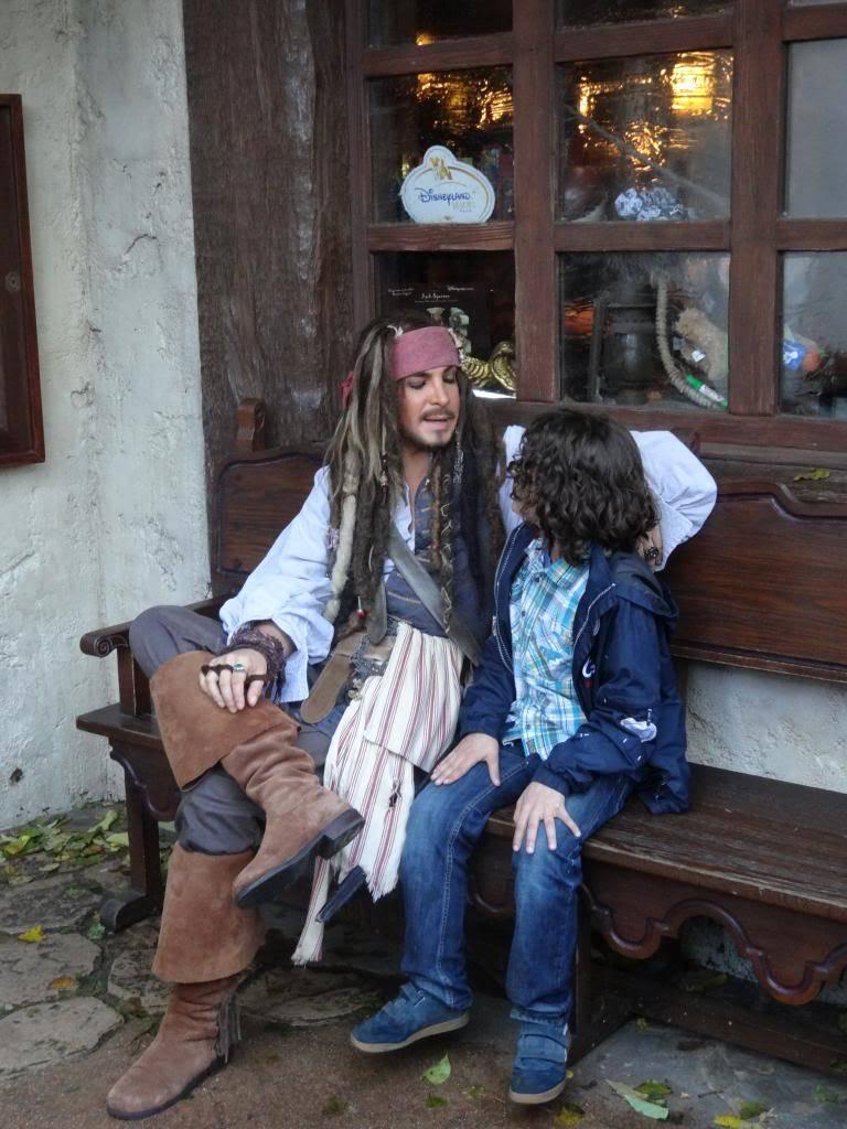 Une journée à Disneyland pour découvrir la période d' Halloween ! - Page 5 DSC03073_zpsa36789d3