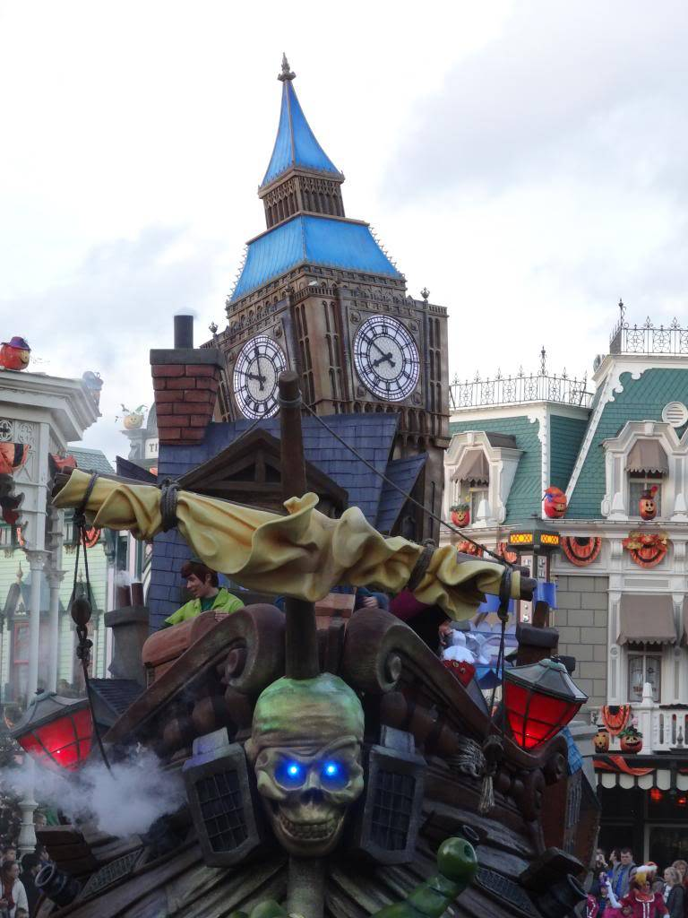 Une journée à Disneyland pour découvrir la période d' Halloween ! - Page 5 DSC03091_zps295d111e