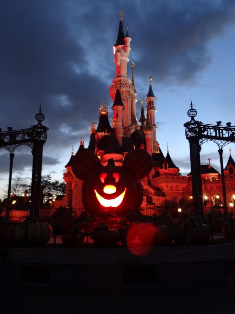 Une journée à Disneyland pour découvrir la période d' Halloween ! - Page 5 DSC03140_zpsec4013fe
