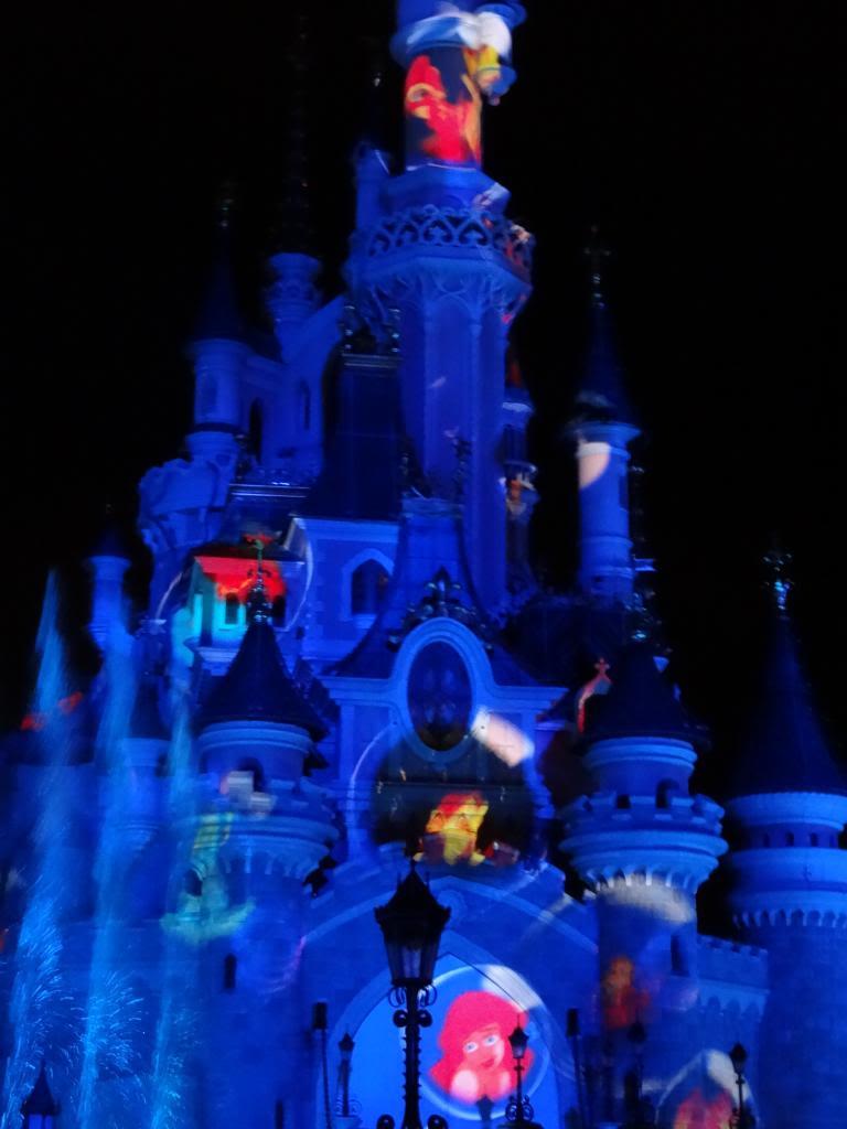 Une journée à Disneyland pour découvrir la période d' Halloween ! - Page 5 DSC03212_zps4449b777