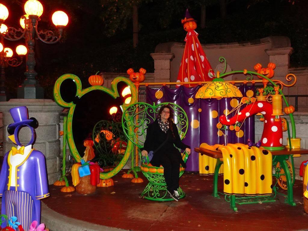 Une journée à Disneyland pour découvrir la période d' Halloween ! - Page 6 DSC03298_zps6d79b245