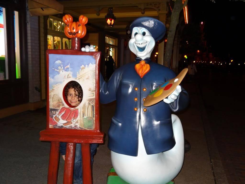 Une journée à Disneyland pour découvrir la période d' Halloween ! - Page 6 DSC03309_zpsf7242a6b