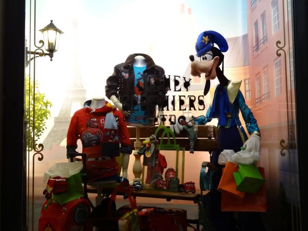 Une journée à Disneyland pour découvrir la période d' Halloween ! - Page 6 DSC03315_zps8a3f40e5