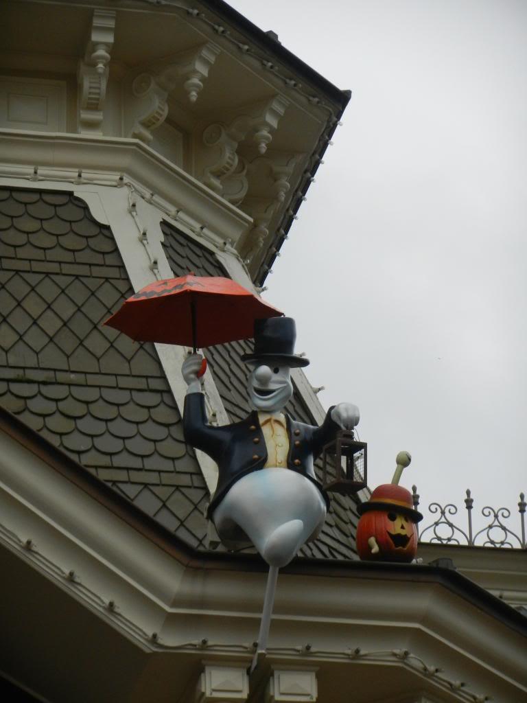 Une journée à Disneyland pour découvrir la période d' Halloween ! DSCN6113_zps9a5d5c54