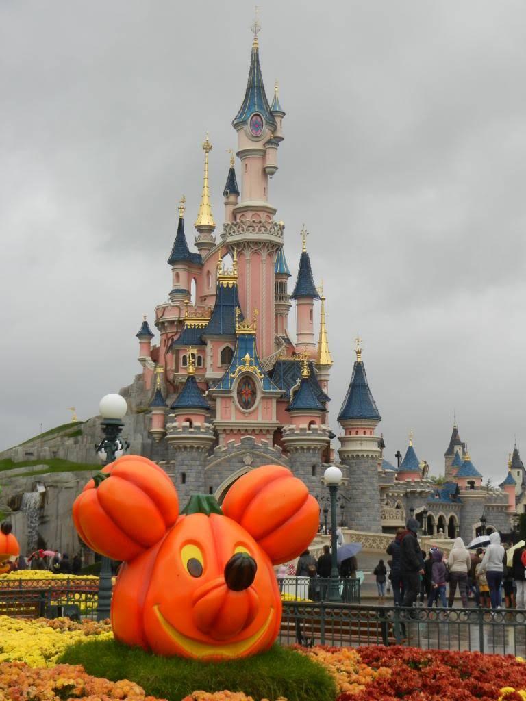 Une journée à Disneyland pour découvrir la période d' Halloween ! - Page 2 DSCN6136_zpsece33304