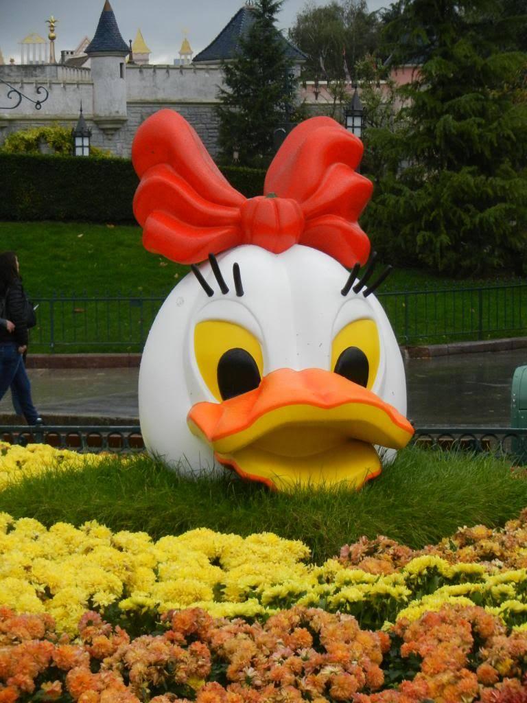 Une journée à Disneyland pour découvrir la période d' Halloween ! - Page 2 DSCN6139_zpsc7ff6acc
