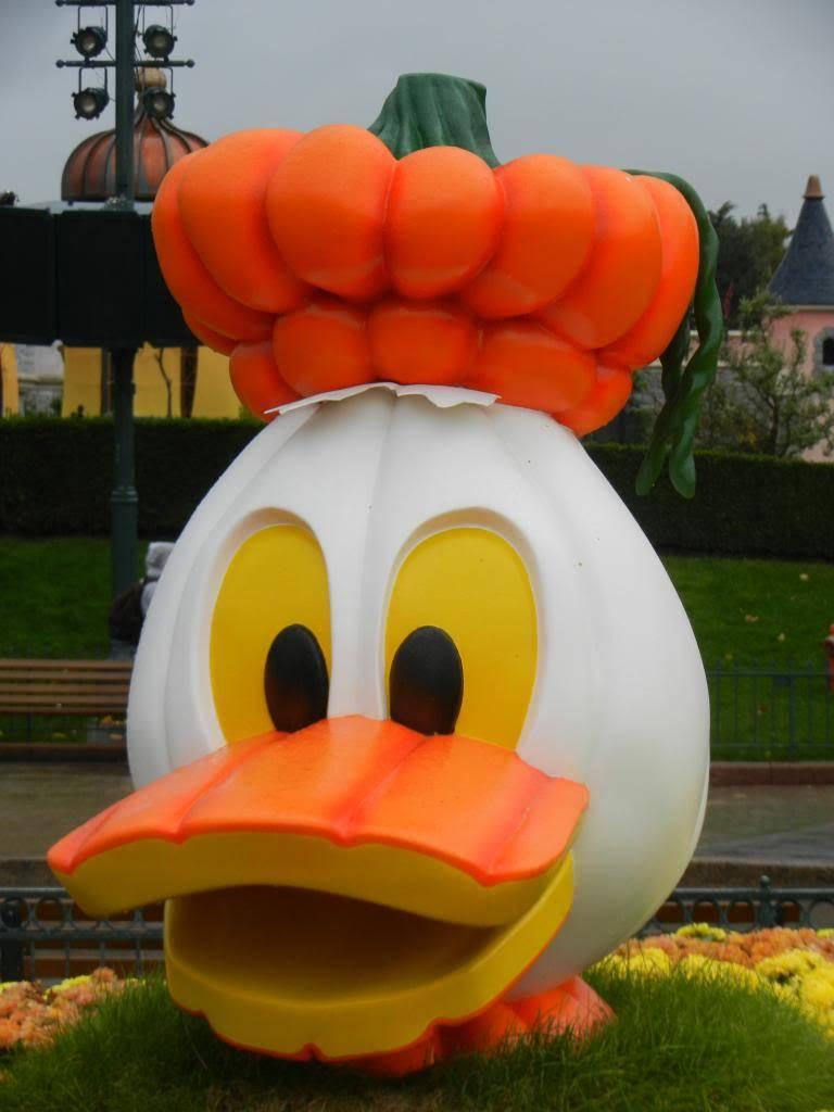 Une journée à Disneyland pour découvrir la période d' Halloween ! - Page 2 DSCN6140_zps4c24f4b9
