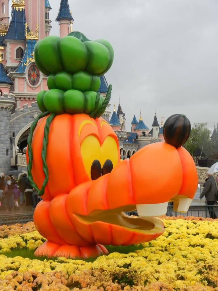 Une journée à Disneyland pour découvrir la période d' Halloween ! - Page 2 DSCN6147_zpsfb52b62c