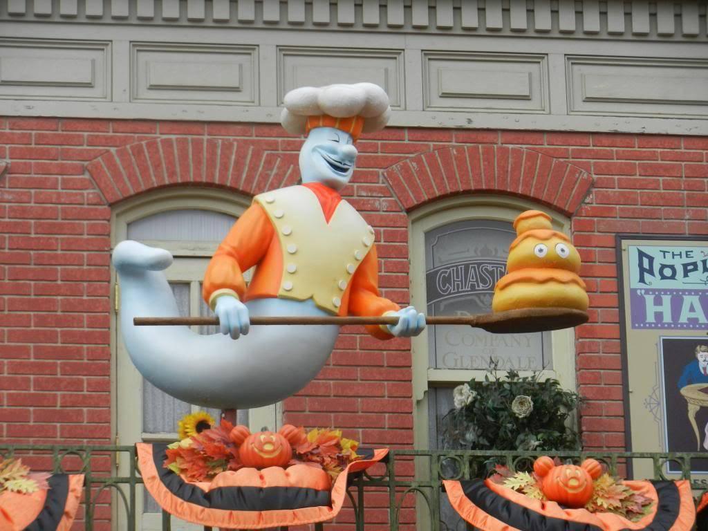 Une journée à Disneyland pour découvrir la période d' Halloween ! - Page 2 DSCN6150_zps999c94a9