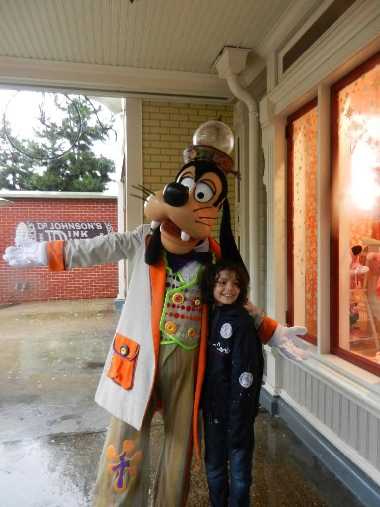Une journée à Disneyland pour découvrir la période d' Halloween ! - Page 2 DSCN6161_zps3845df38