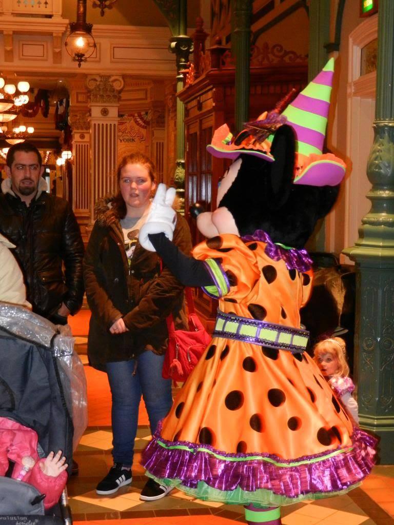Une journée à Disneyland pour découvrir la période d' Halloween ! - Page 2 DSCN6178_zpse9993925