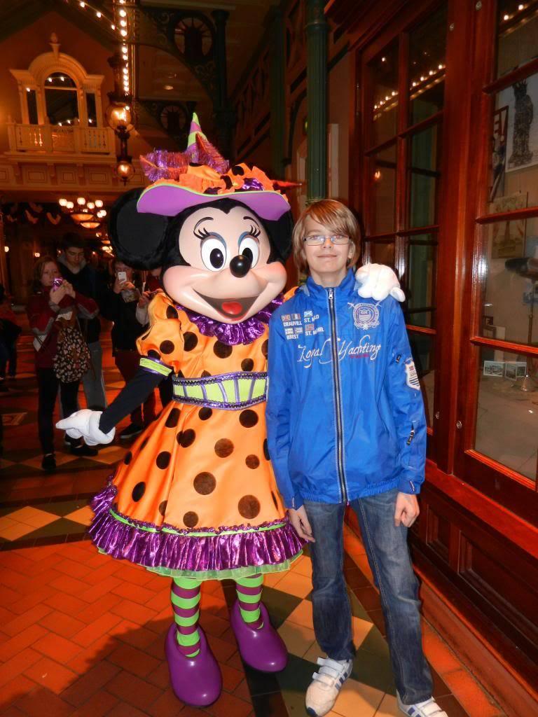 Une journée à Disneyland pour découvrir la période d' Halloween ! - Page 2 DSCN6179_zps2593631f