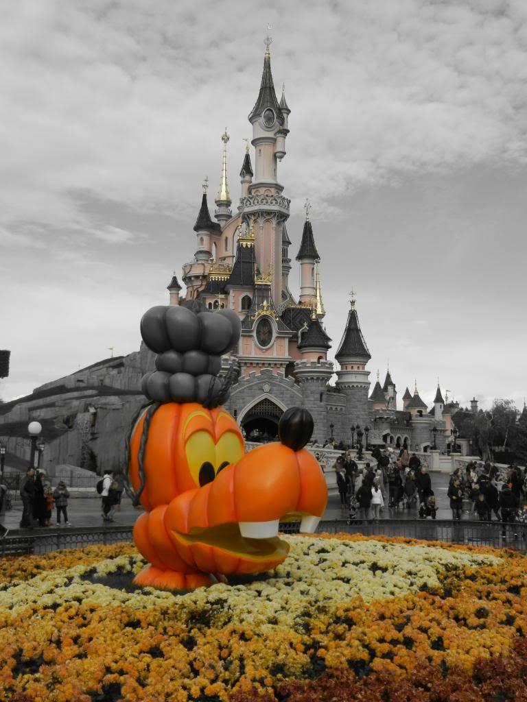 Une journée à Disneyland pour découvrir la période d' Halloween ! - Page 3 DSCN6218_zps98063977