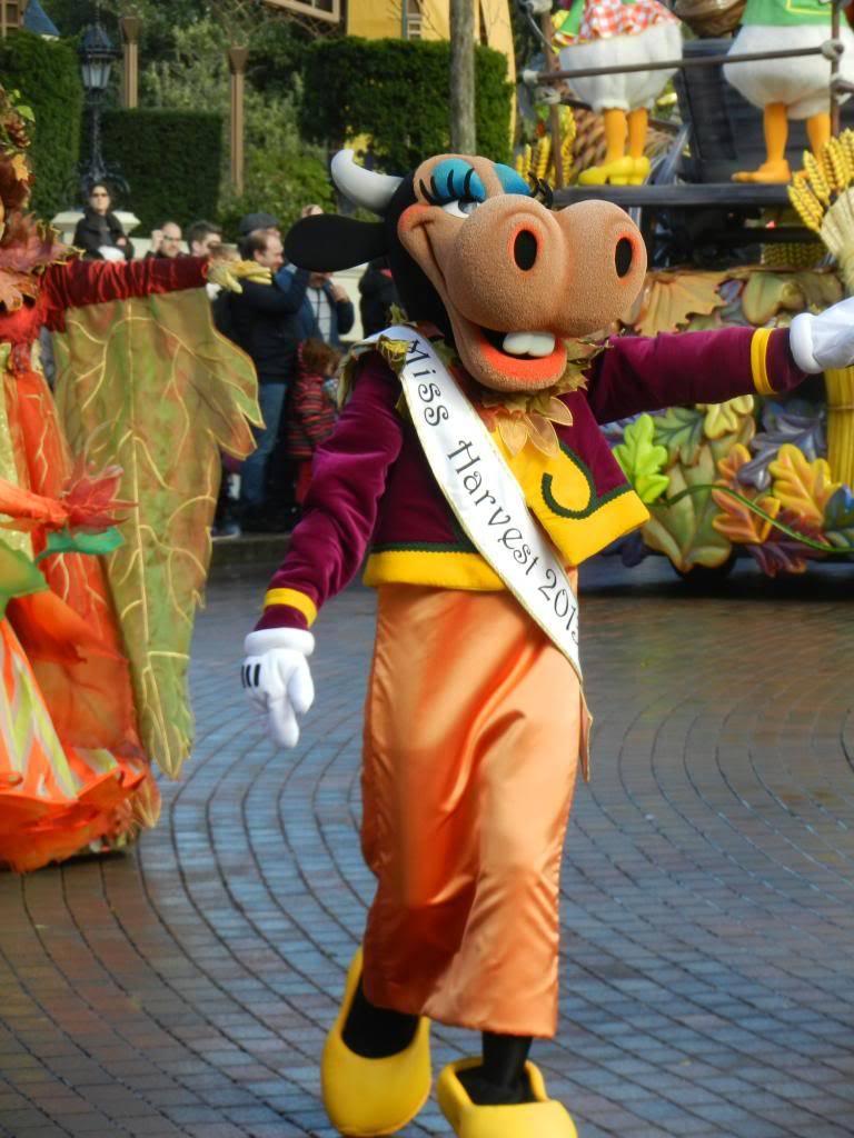 Une journée à Disneyland pour découvrir la période d' Halloween ! - Page 4 DSCN6236_zps26ae3317