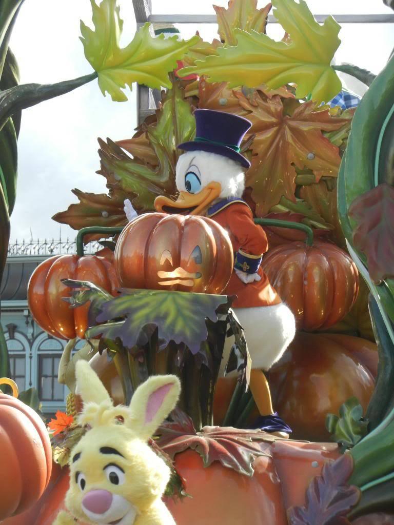 Une journée à Disneyland pour découvrir la période d' Halloween ! - Page 4 DSCN6251_zps5d13fa87