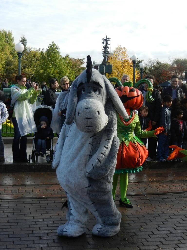 Une journée à Disneyland pour découvrir la période d' Halloween ! - Page 4 DSCN6252_zps83955cef