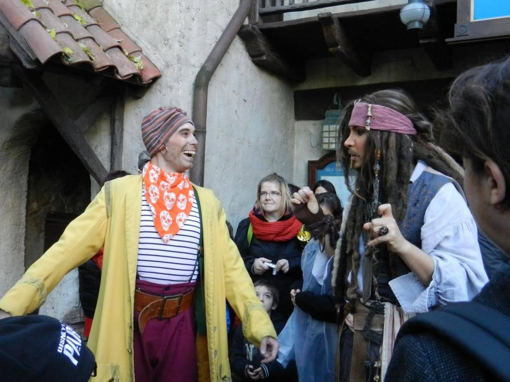 Une journée à Disneyland pour découvrir la période d' Halloween ! - Page 5 DSCN6363_zps750468c5