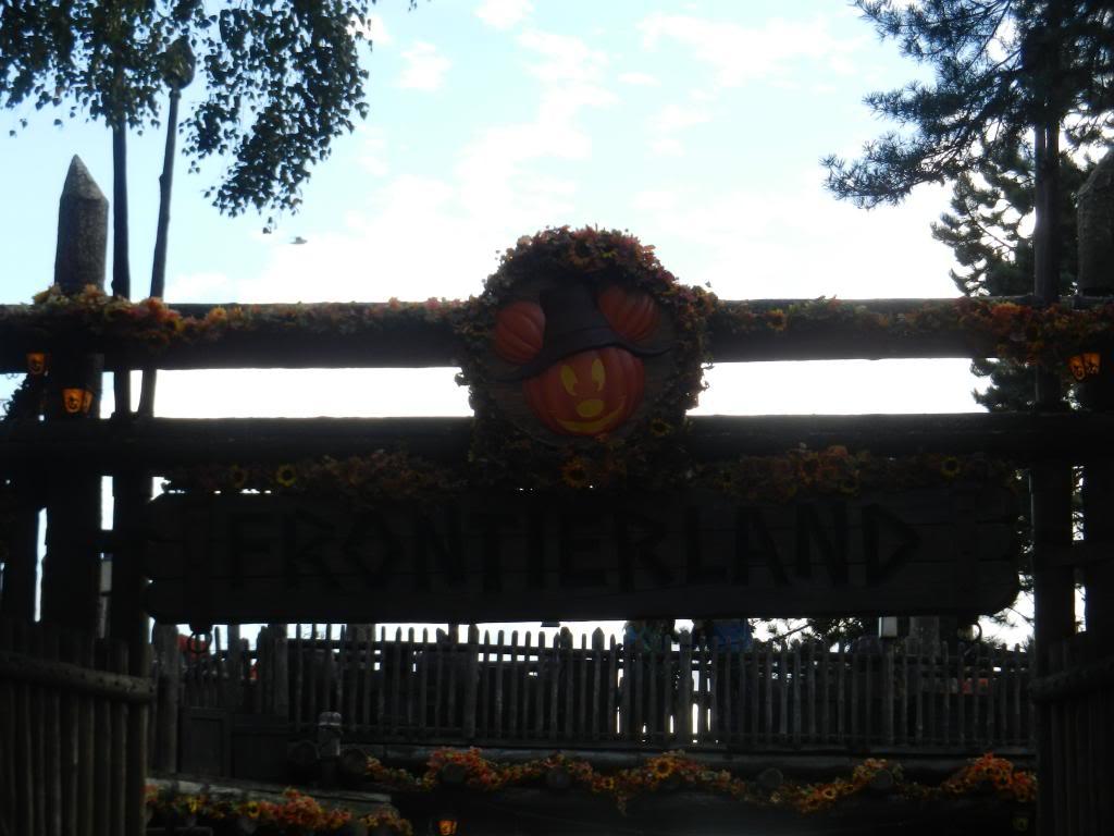 Une journée à Disneyland pour découvrir la période d' Halloween ! - Page 5 DSCN6378_zps299a7ff1