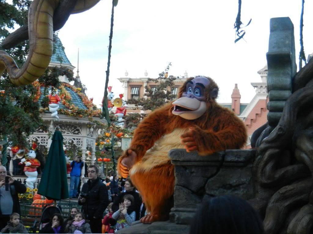 Une journée à Disneyland pour découvrir la période d' Halloween ! - Page 5 DSCN6395_zps1afd797f
