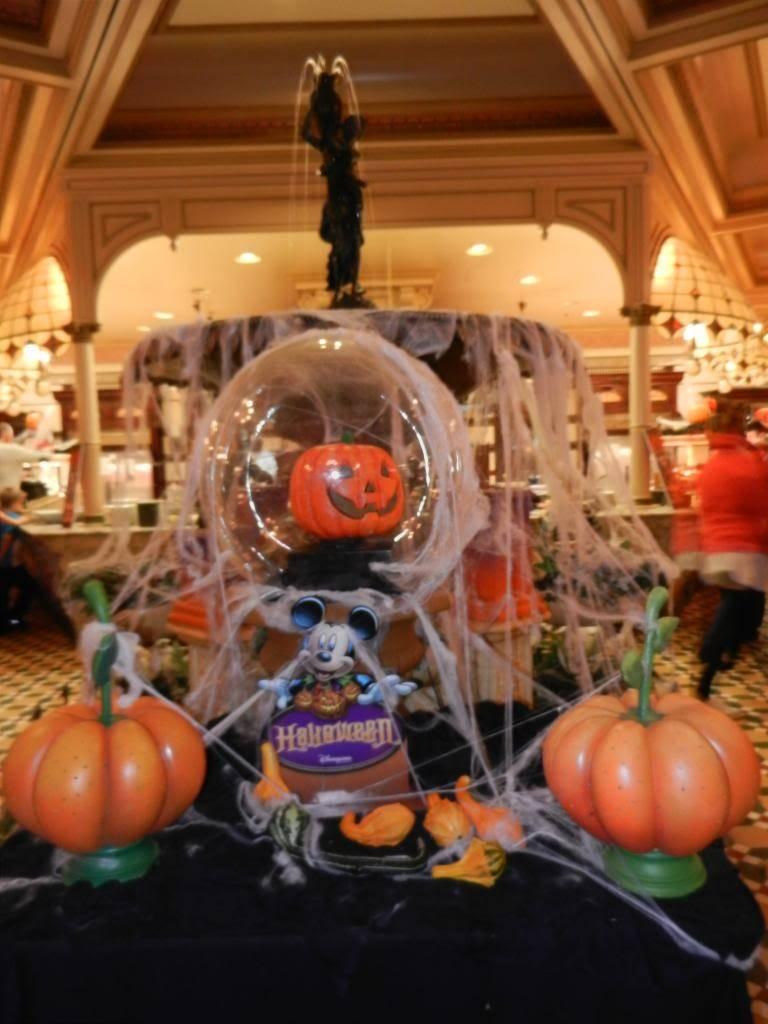 Une journée à Disneyland pour découvrir la période d' Halloween ! - Page 5 DSCN6418_zps01843c62