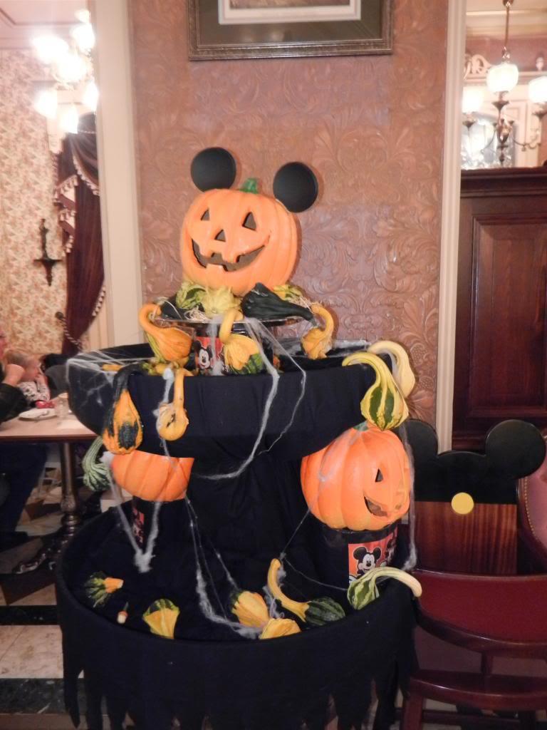 Une journée à Disneyland pour découvrir la période d' Halloween ! - Page 5 DSCN6420_zps861a284a