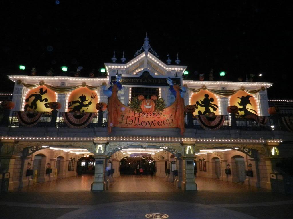 Une journée à Disneyland pour découvrir la période d' Halloween ! - Page 6 DSCN6547_zps139a90af