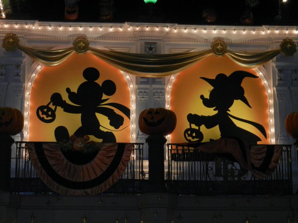 Une journée à Disneyland pour découvrir la période d' Halloween ! - Page 6 DSCN6551_zps93432d2a
