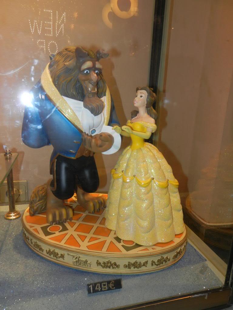 Une journée à Disneyland pour découvrir la période d' Halloween ! - Page 6 DSCN6564_zpse805ad93
