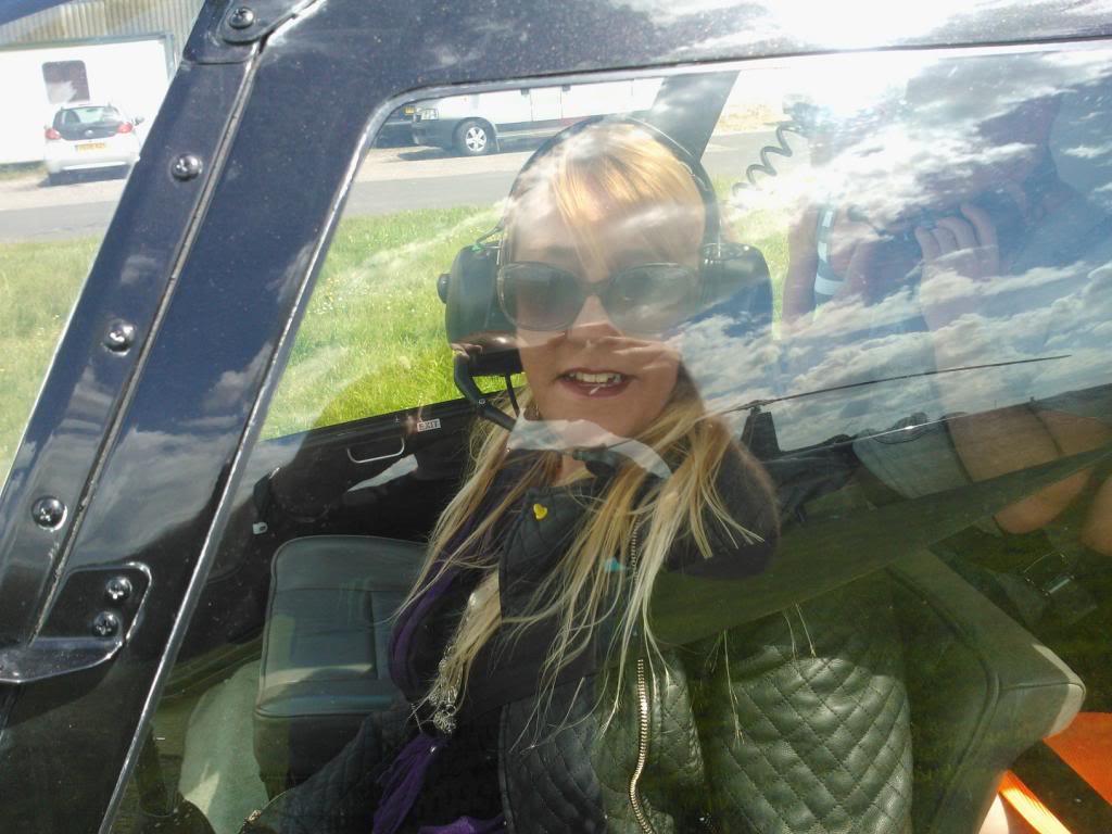 TraceyG69 Helicopter Flight. WP_000242_zps7a8e7dda