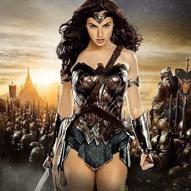 Former Miss Israel cast as Wonder Woman/Diana Prince Batman-v-Superman-Wonder-Woman-solo-thumb_zpsxjyhmzf8