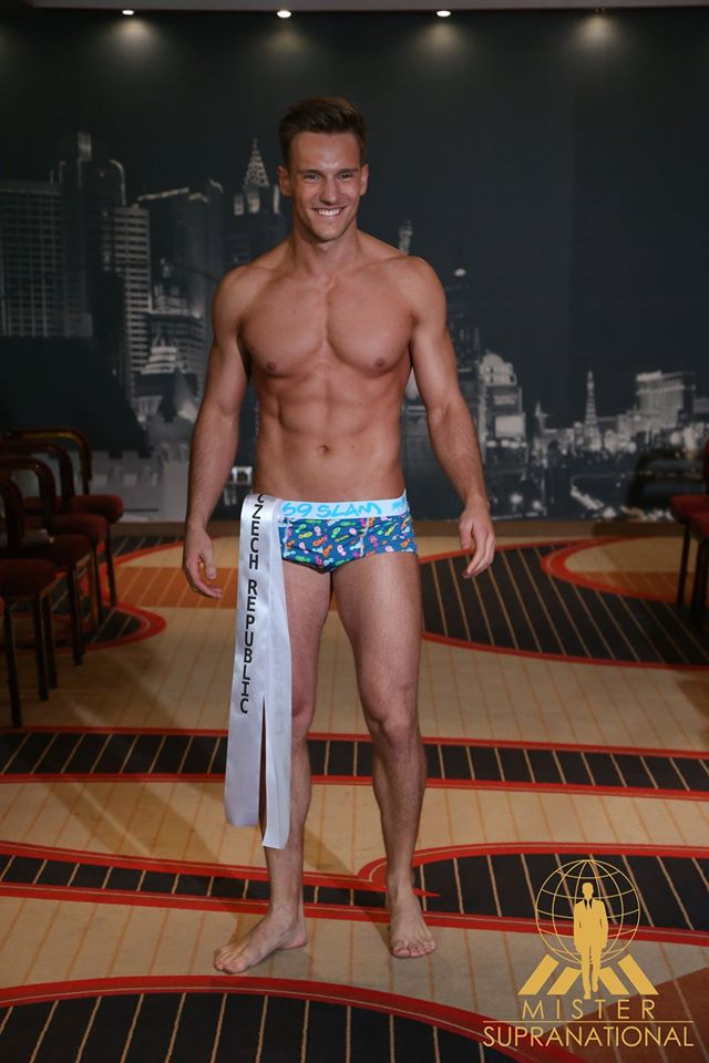 Mister Supranational 2016 Is MEXICO - Page 5 15195867_1218249021591780_8217472622606078491_o_zpsbl8uhcmt