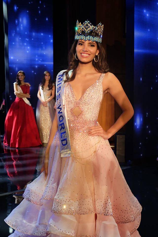 Stephanie del Valle -  Official Thread Miss World 2016 ® Stephanie Del Valle - Puerto Rico 15578121_10154880451144974_7451523932337959413_o_zpsak6fgyxu