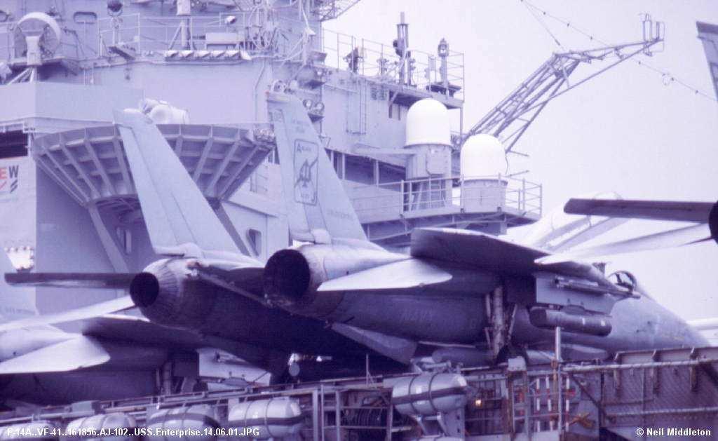 F-14A au 1/32 F_14_A_VF_41_161856_AJ_102_USS_Enterprise_14_0_zpsnmtgcpmf