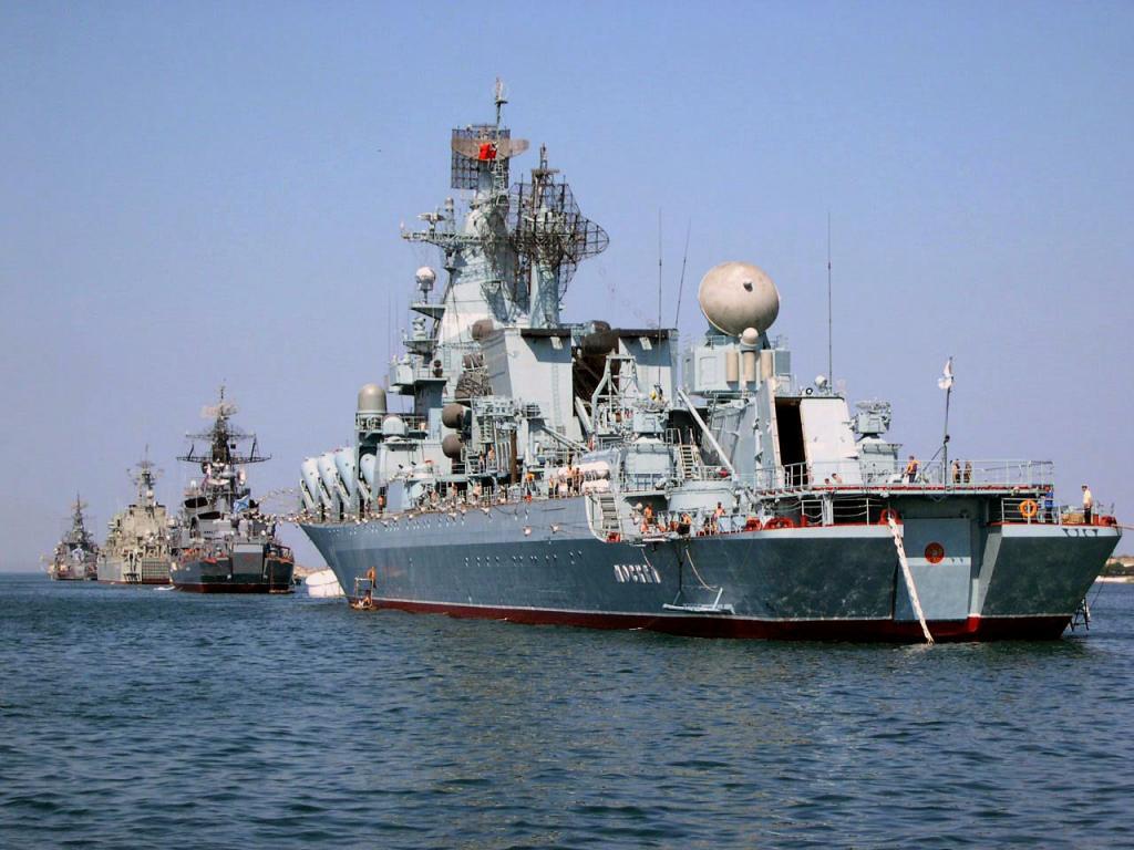 Russian Navy Slava Class Moskva a 1/350 de Trumpeter 65_zpse280767f