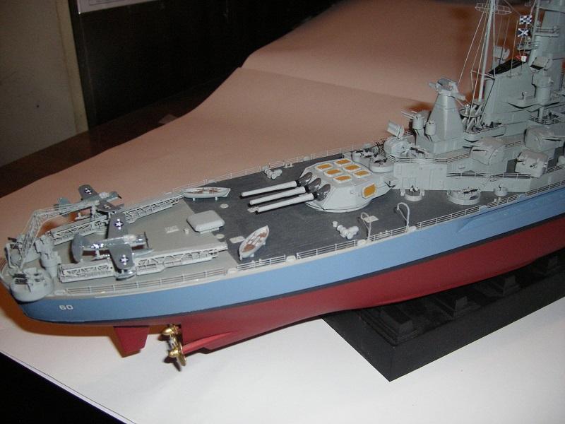 USS BB-60 Alabama 1942 a 1/350 de Trumpeter IMGP0783_zps0e8eea17