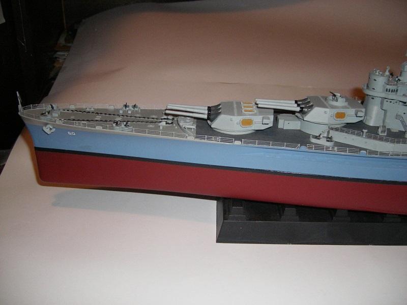 USS BB-60 Alabama 1942 a 1/350 de Trumpeter IMGP0784_zps268bea5c