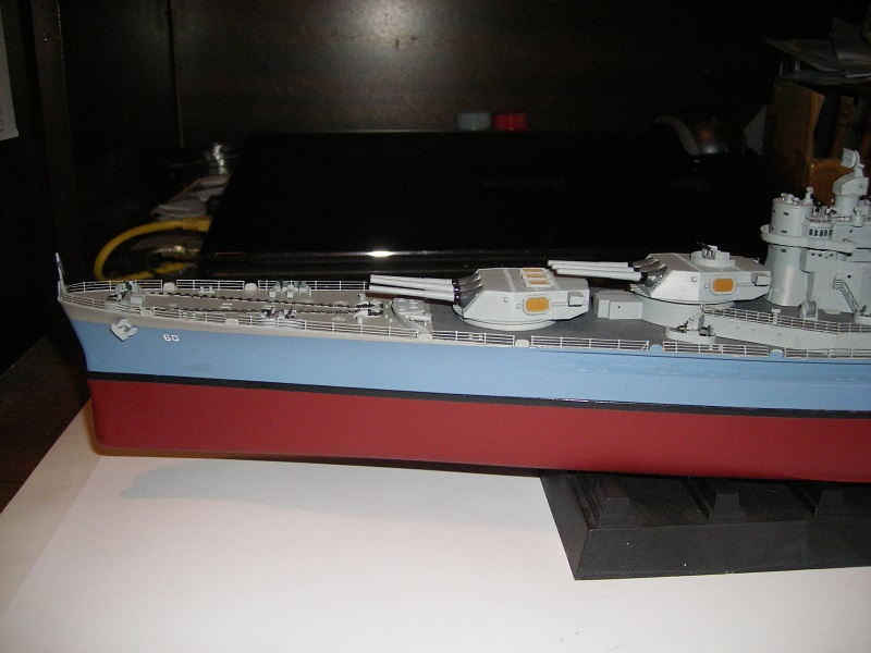 USS BB-60 Alabama 1942 a 1/350 de Trumpeter IMGP0800_zpsf50e781e