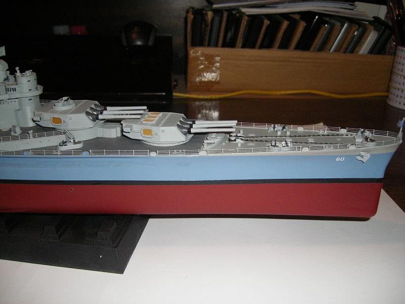 USS BB-60 Alabama 1942 a 1/350 de Trumpeter IMGP0810_zpsb152aca0