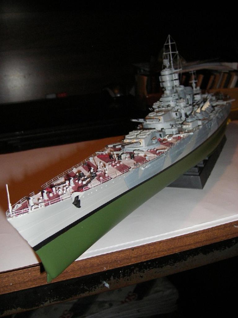 RN Acorazado Roma 1943 a 1/350 de Trumpeter IMGP0837_zps82d0e143