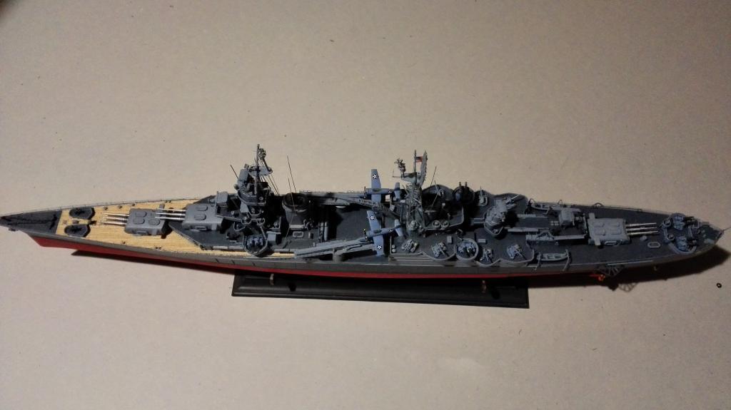 USS Heavy Cruiser CA-35 Indianápolis a 1/350 de Academy Ref.14107 IMG_20150103_184949_zpsclaxtfah