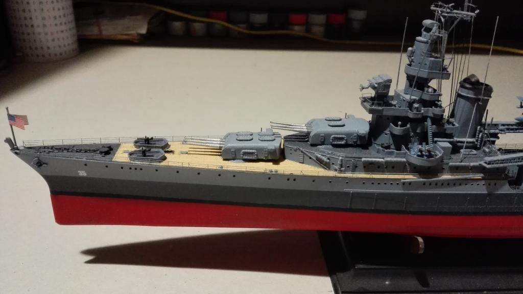 USS Heavy Cruiser CA-35 Indianápolis a 1/350 de Academy Ref.14107 IMG_20150103_185024_zpslw5bvf9q