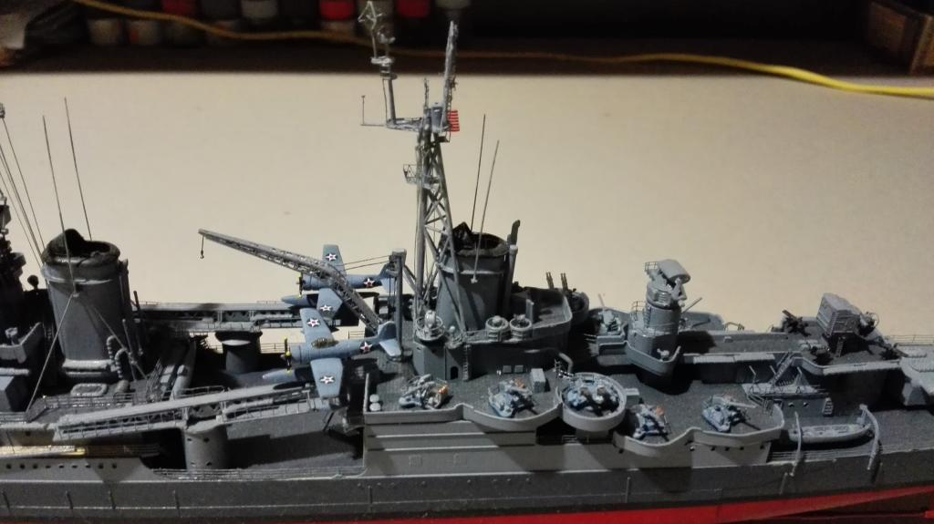 USS Heavy Cruiser CA-35 Indianápolis a 1/350 de Academy Ref.14107 IMG_20150103_185102_zpsyxyegoe4