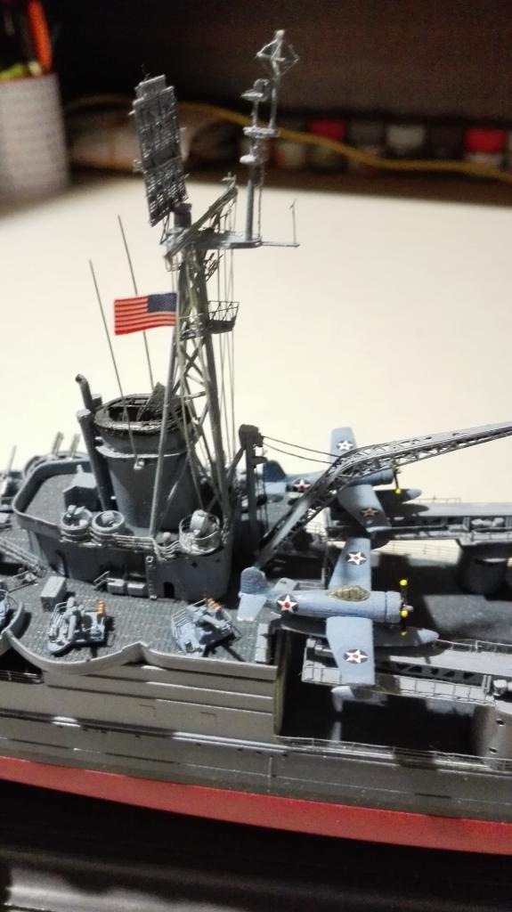 USS Heavy Cruiser CA-35 Indianápolis a 1/350 de Academy Ref.14107 IMG_20150103_185401_zpsh1oymxqi
