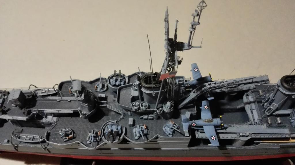 USS Heavy Cruiser CA-35 Indianápolis a 1/350 de Academy Ref.14107 IMG_20150103_185816_zpsdl8eft76