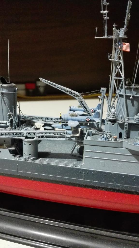 USS Heavy Cruiser CA-35 Indianápolis a 1/350 de Academy Ref.14107 IMG_20150103_190336_zpshtiruqod