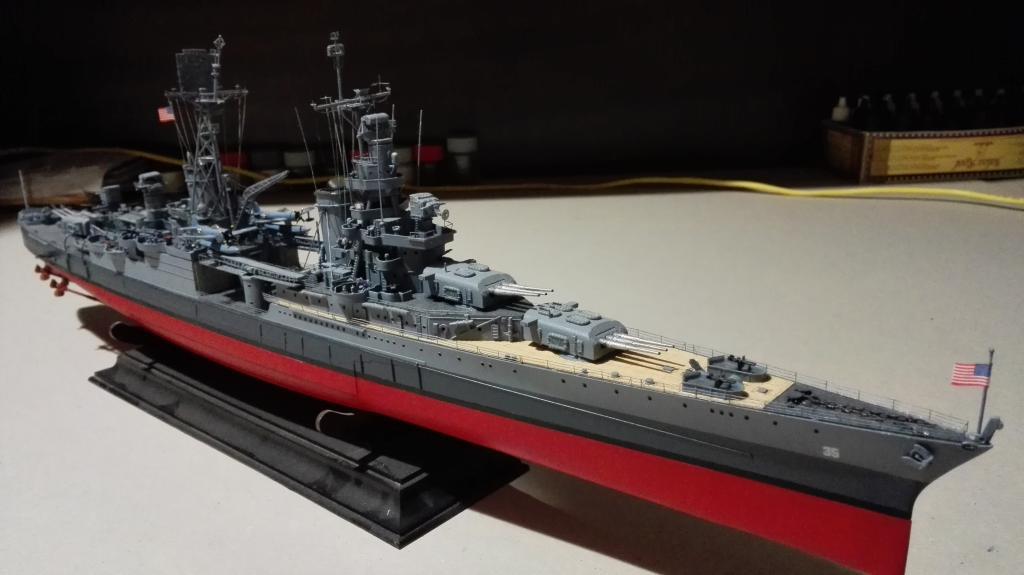 USS Heavy Cruiser CA-35 Indianápolis a 1/350 de Academy Ref.14107 IMG_20150103_195717_zpse83vctmx