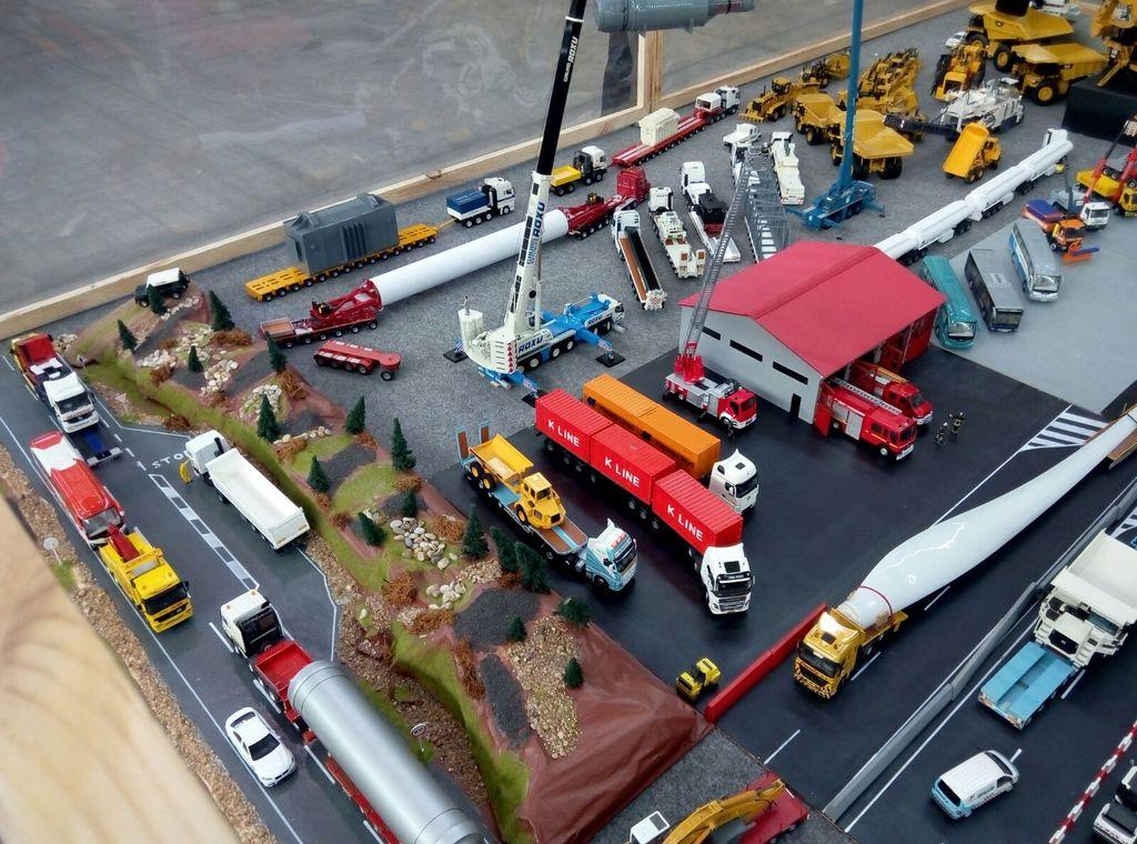 Exhibicion en concesionario Scania Valladolid 22-10-2016 IMG-20161016-WA0012_zpskkj1mmzj