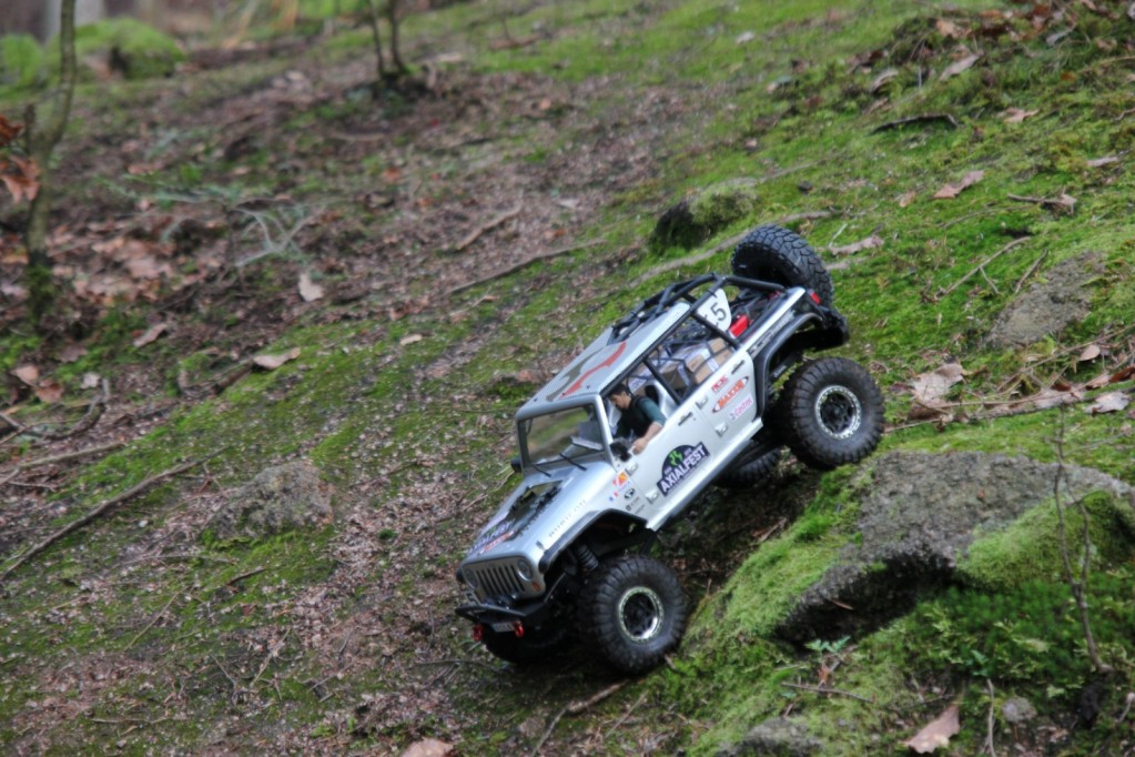 Mon scx10 Rubicon 2012 !!! - Page 3 IMG_39791600x1200_zps9af608c5